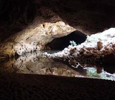 An Adventure in the Dark - Tunnel Creek