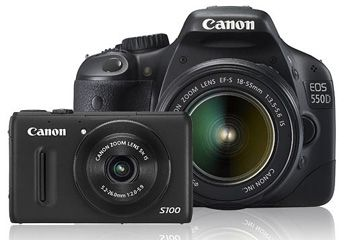 Size comparison between a compact and a DSLR camera. COurtesy of Canon